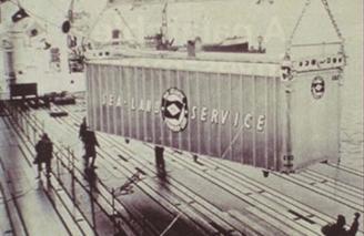 primera carga completa a un buque mediante un contenedor